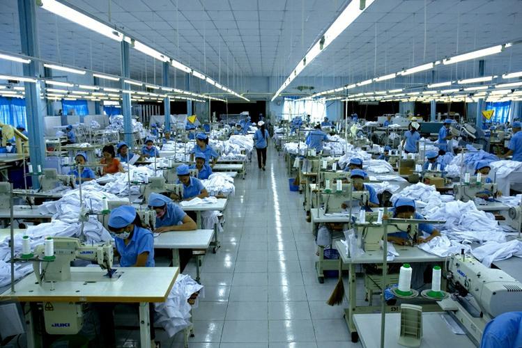 Xuất khẩu lao động Nhật Bản ngành dệt may làm thêm tăng ca nhiều 2017