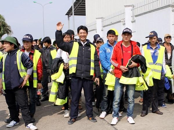 Chán về nước nhiều lao động chấp nhận làm lao động bất hợp pháp
