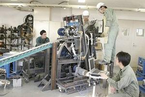 Tuyển gấp nam nữ lắp ráp linh kiện cơ khí XKLĐ Nhật Bản