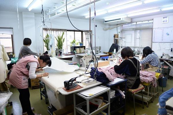 xí nghiệp tiếp nhận đơn hàng may mặc tại kumamoto, nhật bản