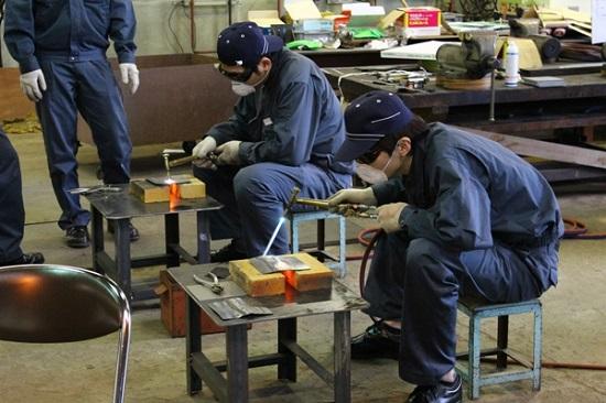 Lựa chọn ngành nghề phù hợp khi đi xuất khẩu lao động Nhật Bản 2018