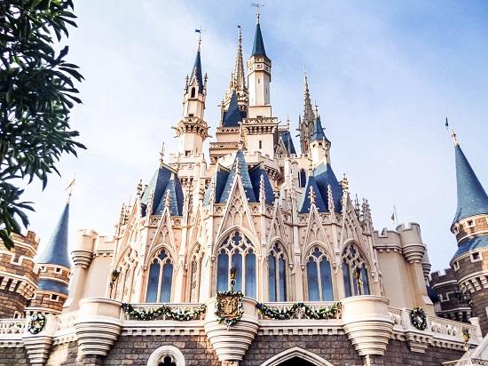 Cảnh đẹp lộng lẫy tại công việc Tokyo Disneyland