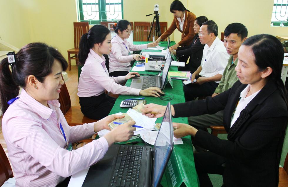 người lao động cần đảm bảo những điều kiện và thủ tục nhất định để được vay vốn