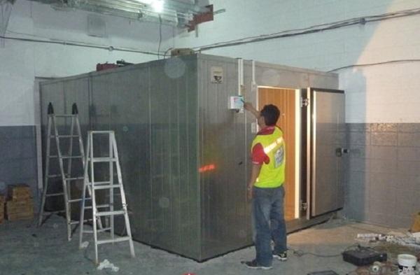 Tuyển gấp 15 nam làm lắp đặt tủ đông không yêu cầu kinh nghiệm tại Saitama, Nhật Bản