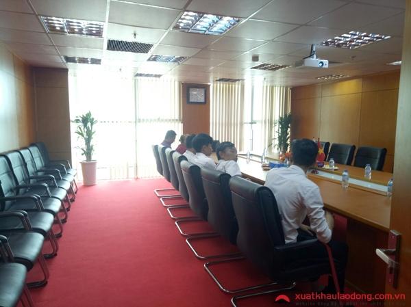ký hợp đồng xuất cảnh tại TTC Việt Nam
