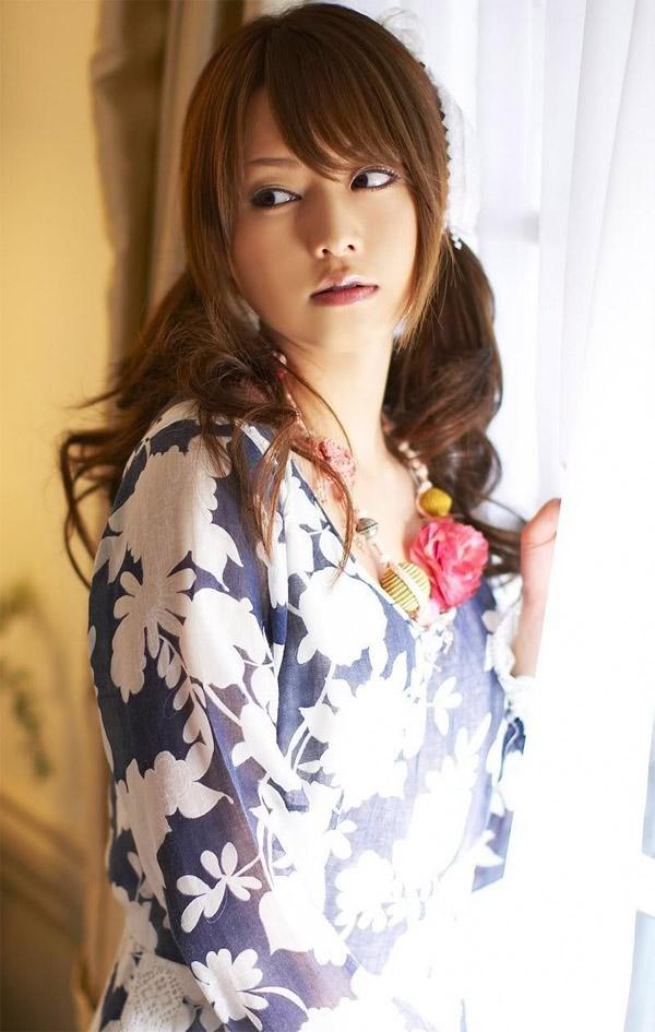 Gương mặt Yoshizawa Akiho