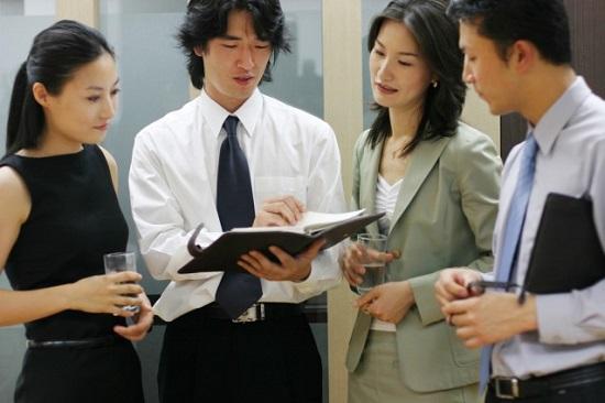 lam-viec-tap-the-tai-nhat-ban Con người và tính cách người Nhật Bản