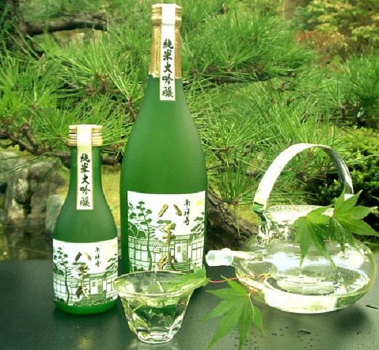 ruou-sake-truyen-thong-tai-nhat-ban