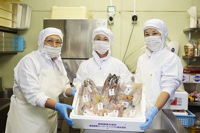 Tuyển gấp 40 Nữ đơn hàng chế biến thủy sản tại Hokkaido, Nhật Bản