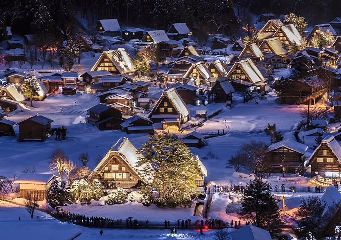 5. Ngôi làng băng giá - Shirakawago, Gifu