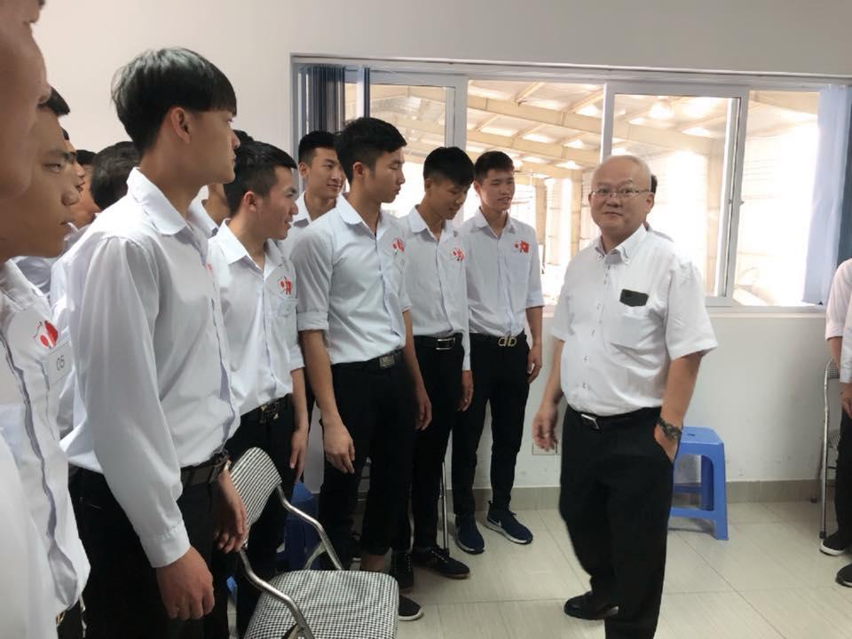 Thi tuyển đơn hàng chăn nuôi bò sữa tại TTC Việt Nam ngày 22/3/2018