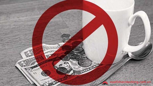 Tại sao bạn không được phép đưa tiền boa - tiền tip tại Nhật