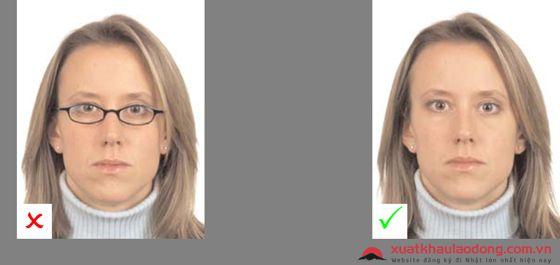 Chụp ảnh hộ chiếu không nên đeo kính