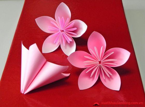 Gấp origami cánh hoa anh đào