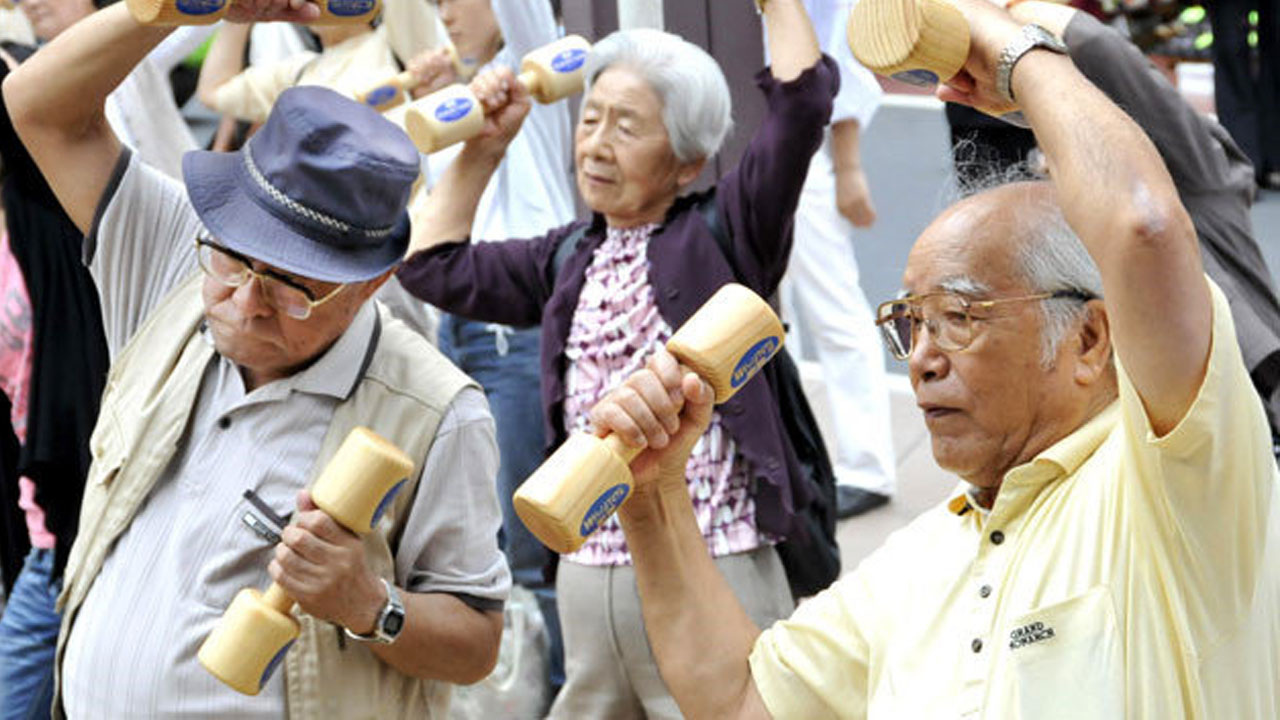 Nhật Bản báo động với dân số già