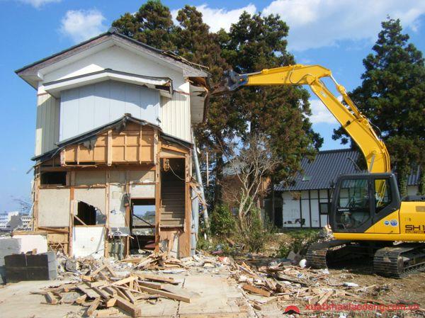 TUYỂN GÂP 15 Nam phá dỡ công trình lương CAO tại Nhật Bản