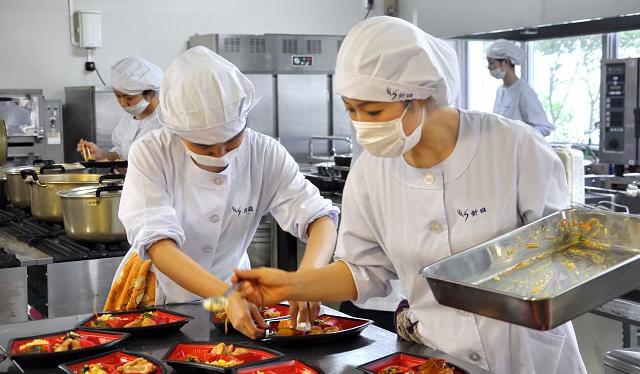 Tuyển gấp 30 Nam/Nữ đơn hàng chế biến thực phẩm tại Saitama