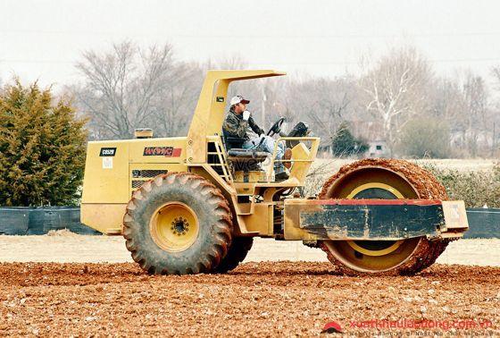 đơn hàng lái máy xây dựng lần 2