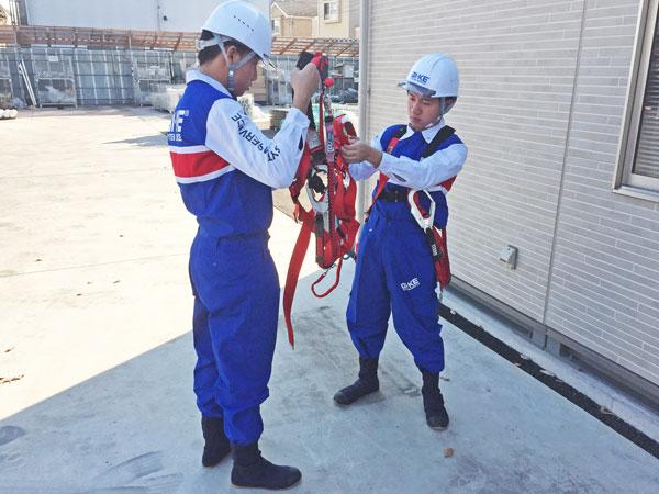 CẦN NGAY 12 nam làm giàn giáo lương SIÊU CAO, 80% làm trong nhà xưởng!