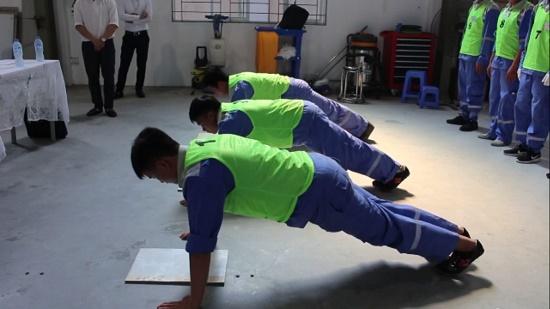 Đơn hàng hoàn thiện nội thất lương cao tại Fukuoka