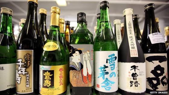 Đi XKLĐ Nhật Bản về nước được mang bao nhiêu tiền và hàng hóa?