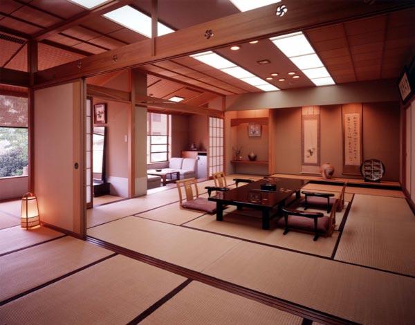 5 Nam làm nội thất tại Hyogo tháng 8/2013