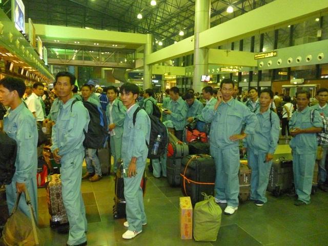 Xuất khẩu lao động Hàn Quốc: Nguy cơ bị cấm cửa